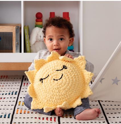 Pillow in crochet bernat Sunshine
